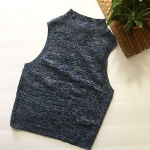 5 for $25🌻H&m blue knitted crop top